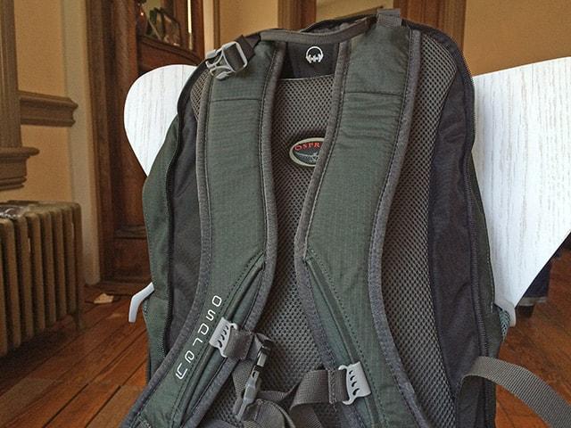 osprey-farpoint-55-daypack-2