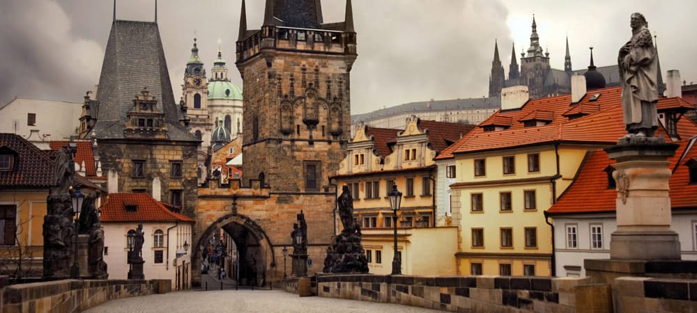 charles-bridge-prague-guide
