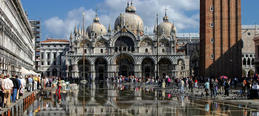 St.-Marks-Cathedral-and-square-in-Venice