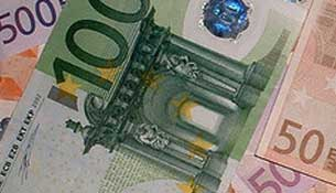budget for backpacking travel in europe estimate your travel costs