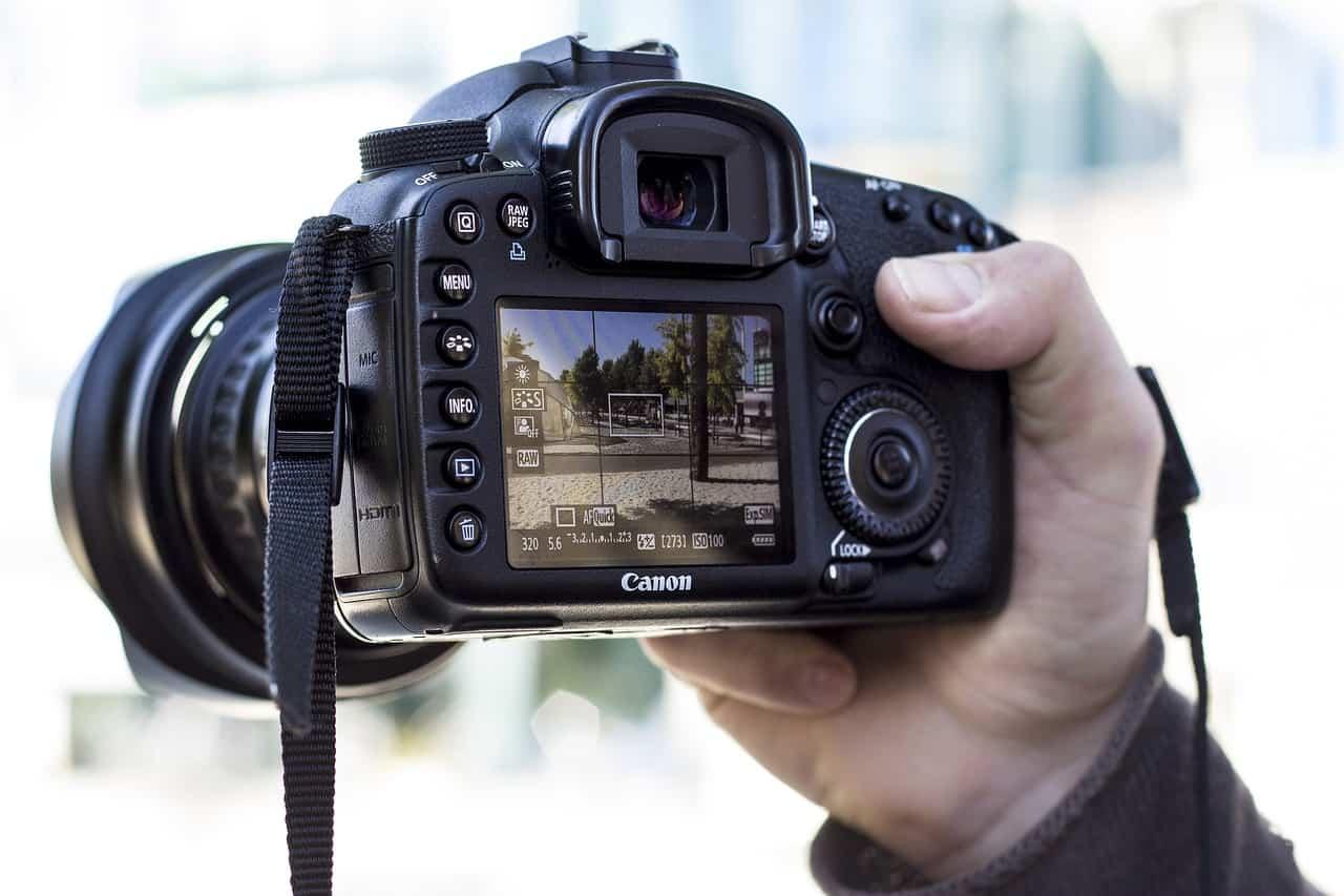 Best Travel Dslr Camera
