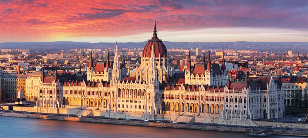 Budapest Travel Guide What To Do And See In Budapest On