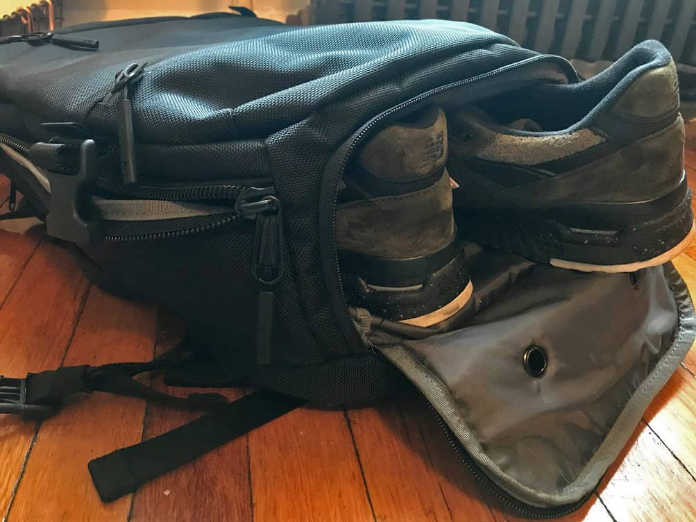 Aer backpack review - shoe compartment
