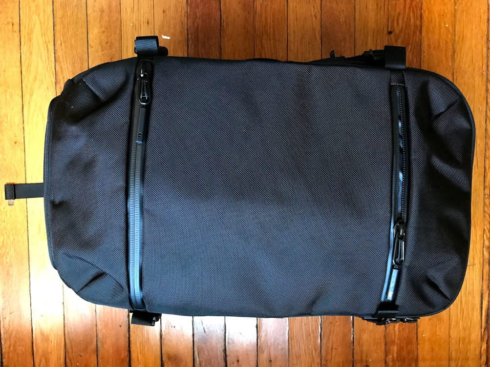 aer travel pack review - pockets
