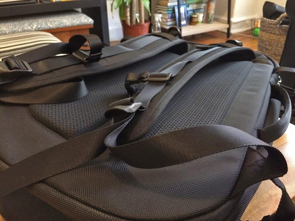 Aer Travel Pack Backpack Review - Straps