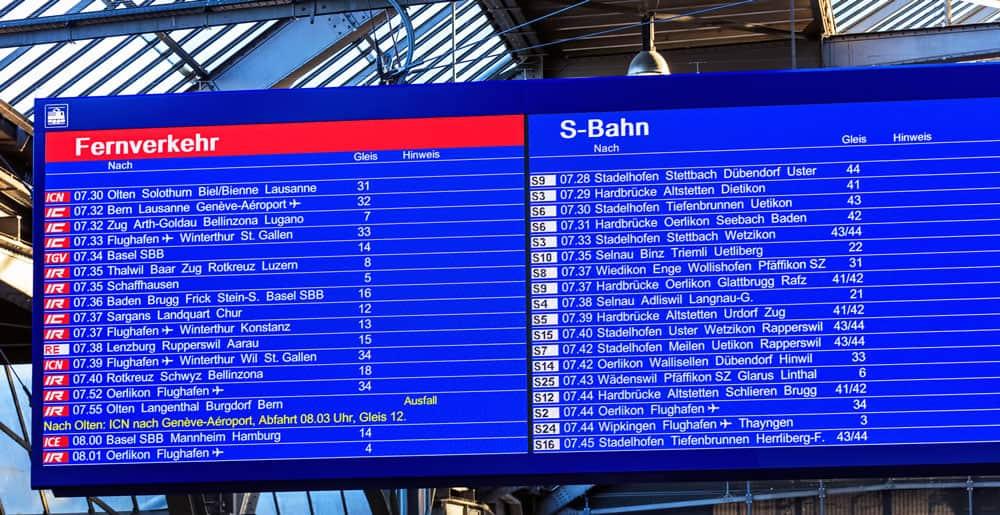 Swiss Train - Departure Board