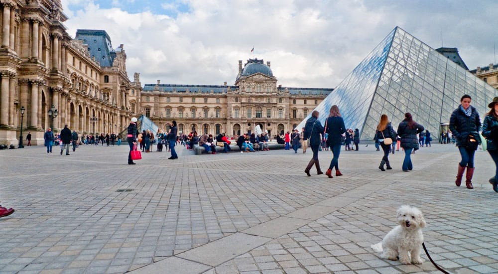 Paris Louvre Travel Guide