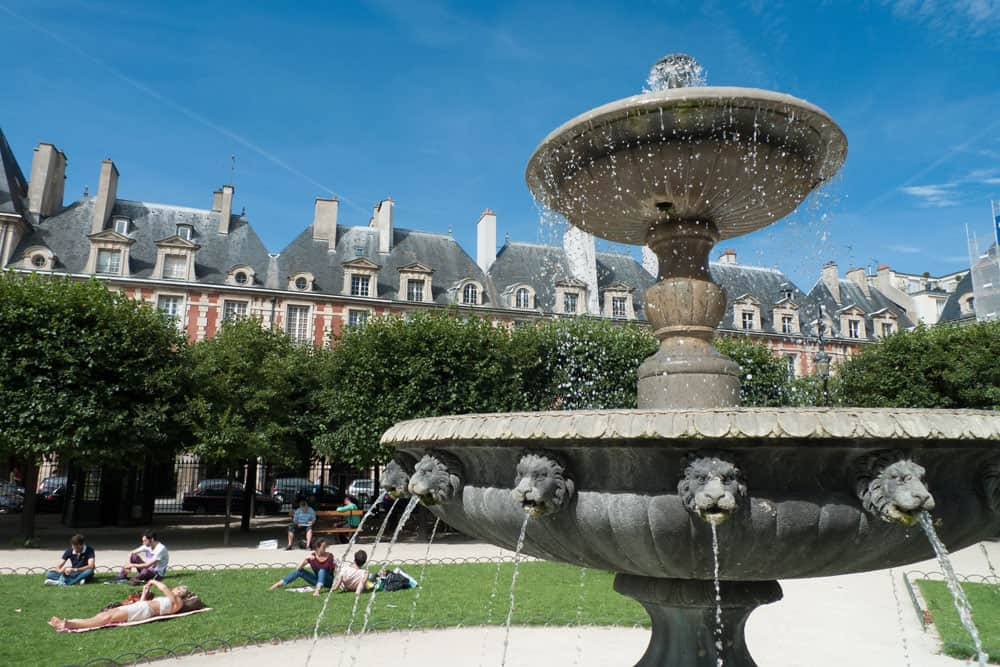 Place des Vosges | Paris, France
