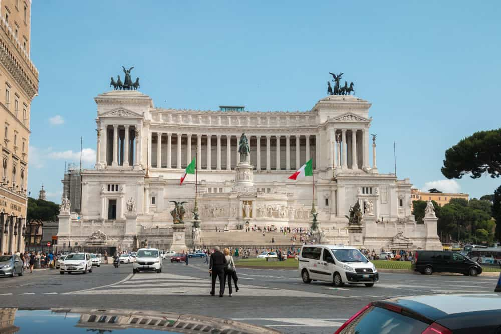 VITTORIO EMANUELE II MONUMENT | Rome Travel Guide