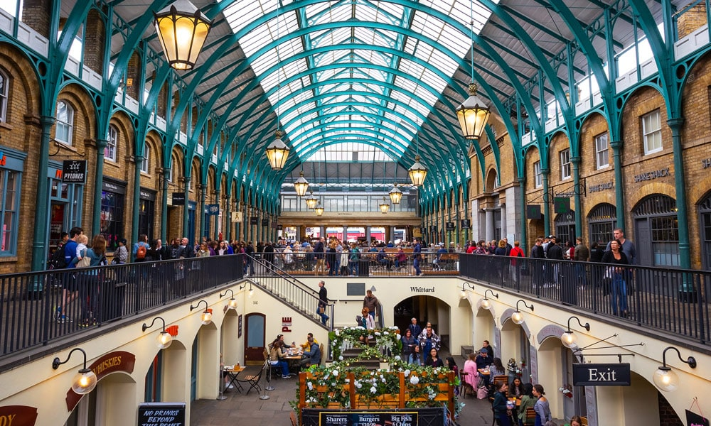 This image has an empty alt attribute; its file name is london-travel-guide-covent-market.jpg